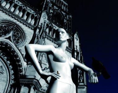 Mannequins, mégots, cathédrales et pigeons